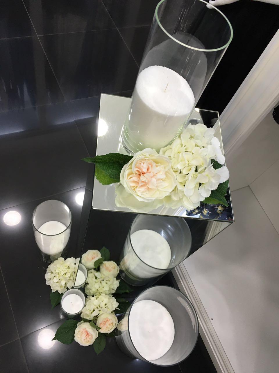 Насыпные свечи в колбах и флористика