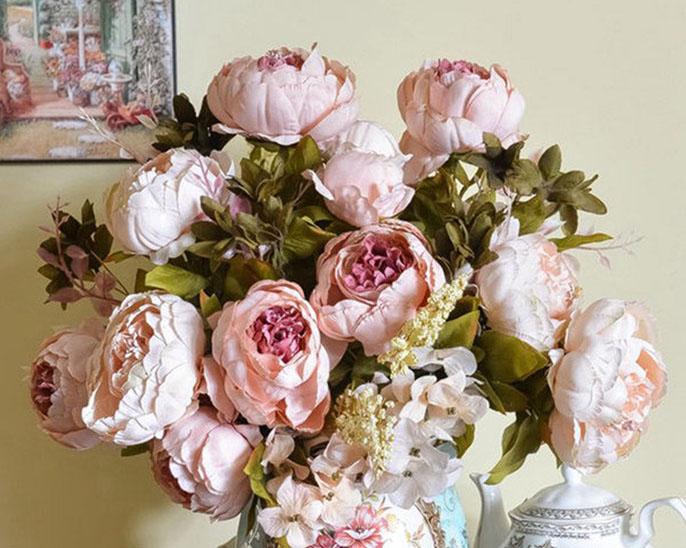 Роза пионовидная, цвета:  бело-розовая, малиновая, персиковая  (наличие уточнять) Цена =40 руб/шт