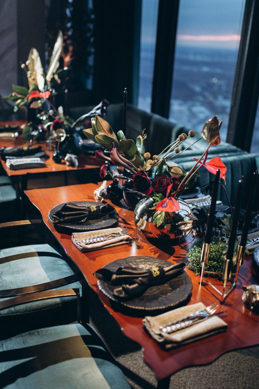 Сервировка банкета стильная посуда декор мероприятия инивидуальное оформление праздника