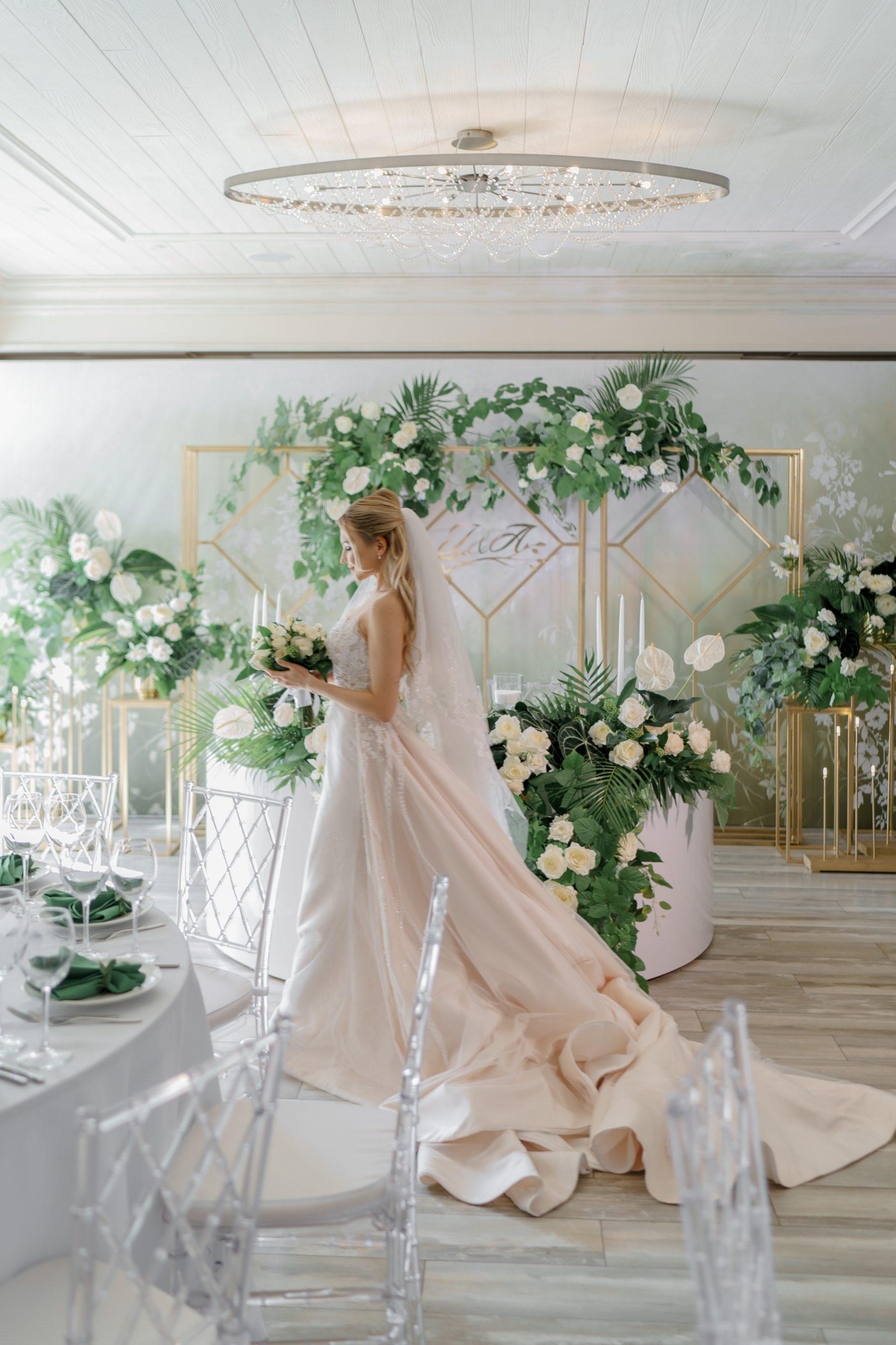 Свадебный букет свадебное платье